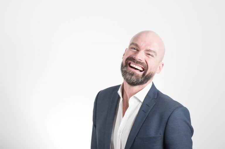 Alopecia androgenetica: terapia e trapianto di capelli con ...