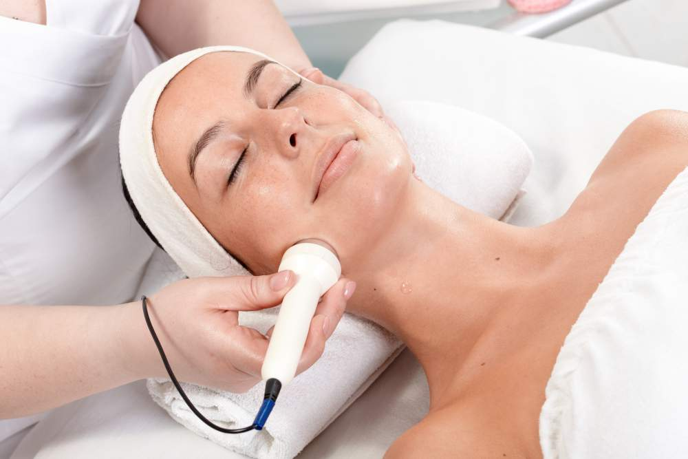 radio frequency cosmetic skin treatment